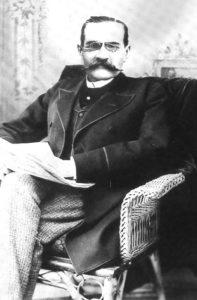 Léon Denis a la edad de 50 años