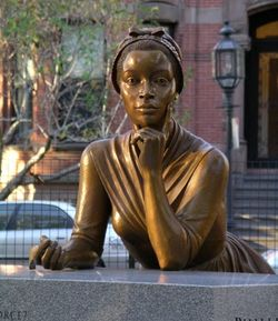 Estatua de Phillis Wheatley