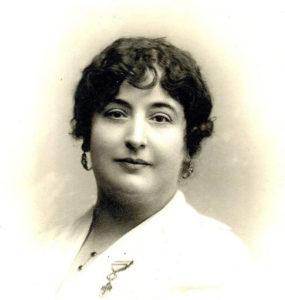 Retrato de Colombine, Carmen de Burgos