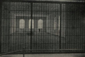 Salón de reuniones en la cárcel de Burgos