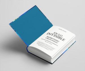 Vista de la primera página del libro En lo Invisible